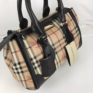 3578f387179e Burberry Bags - Burberry Plaid Gladstone Chocolate Tote 3870759